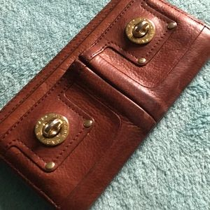 PRICE DROP Marc Jacobs Classic Leather Wallet EUC
